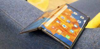Huawei Mate XS hands-on: Weird flex, but it's still unique