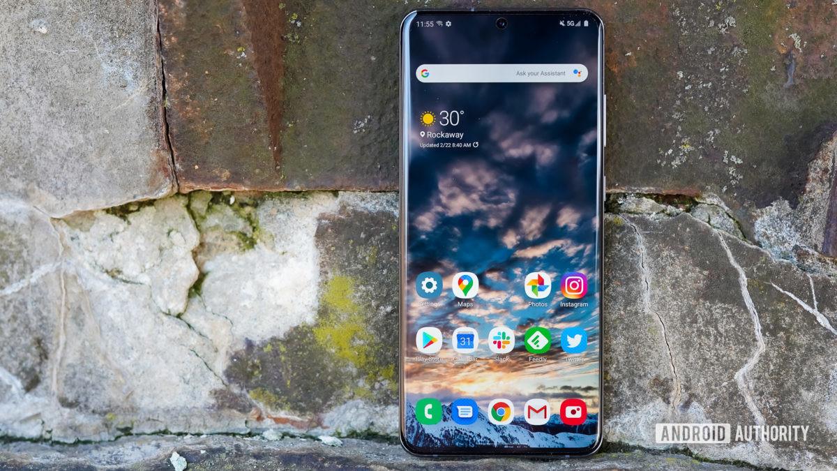 Samsung Galaxy S20 Ultra home screen