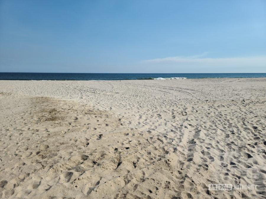 Samsung Galaxy S20 Ultra Photo Sample beach