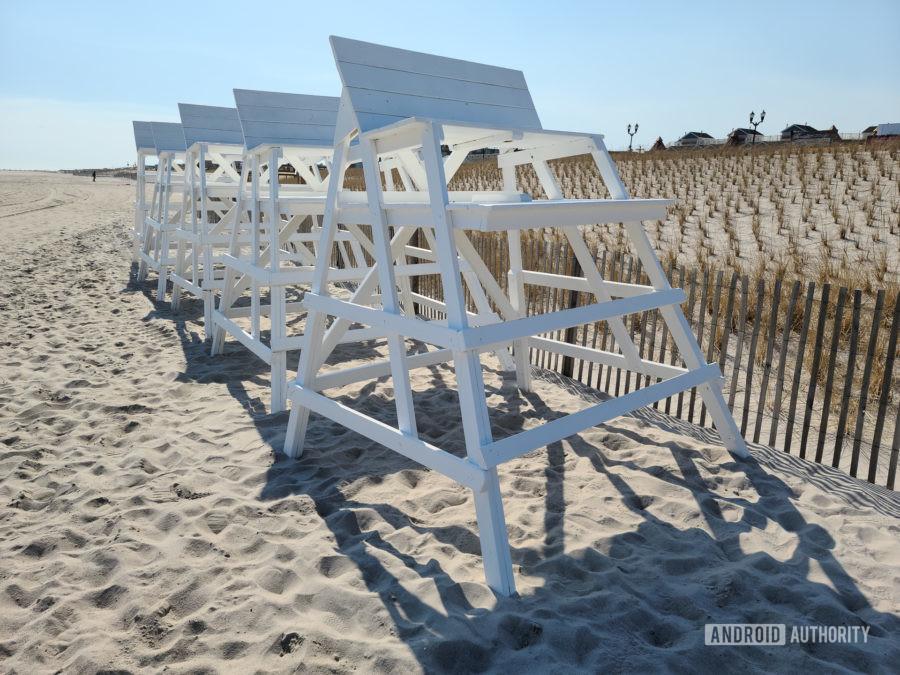 Samsung Galaxy S20 Ultra Photo Sample lifeguard chairs shaded