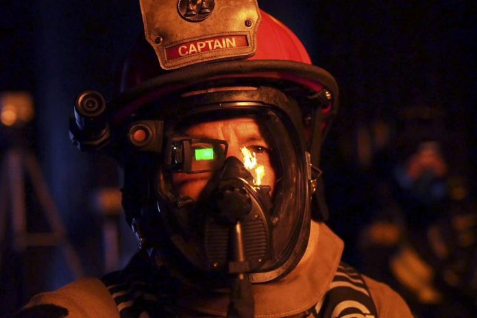 Innovative edge-finding AR eyepiece lets firefighters see through smoke
