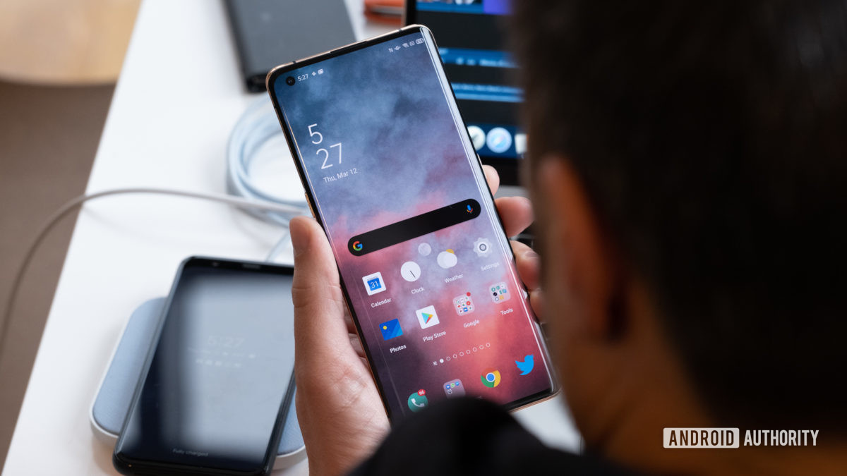 Oppo Find X2 Pro being used in hand