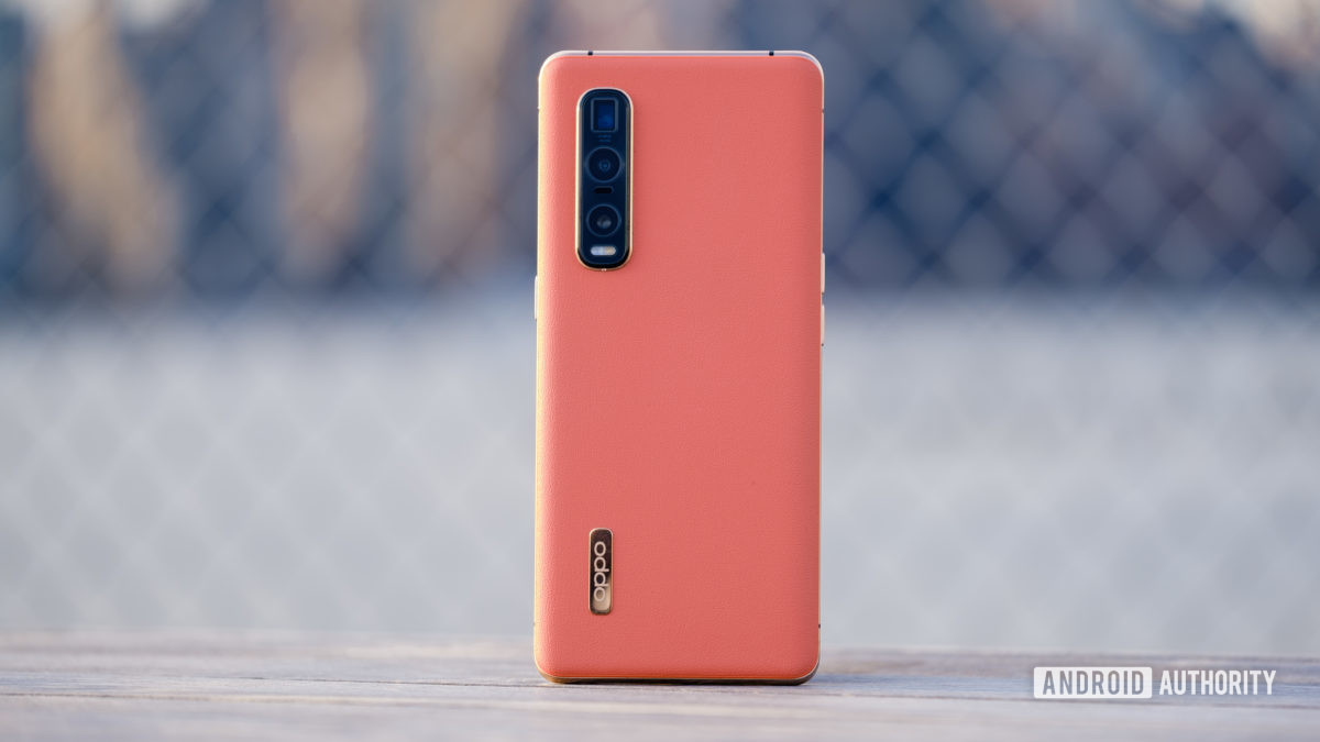 Oppo Find X2 Pro back standing up
