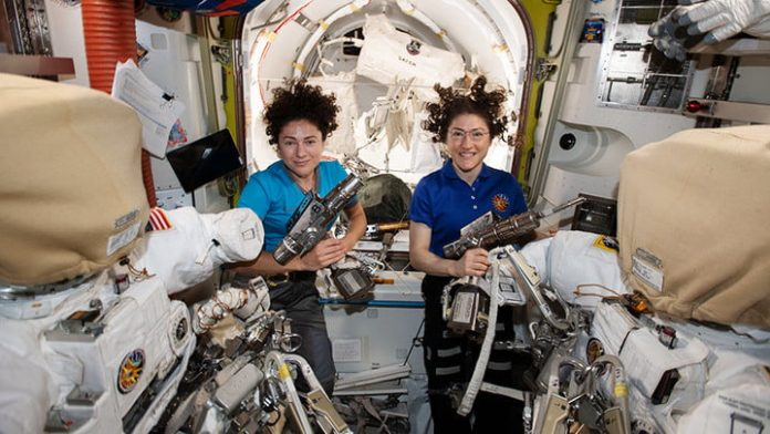 How to keep astronauts sane: The psychology of long-duration space missions