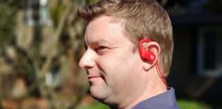 Beats PowerBeats 4 Review: Exercise in bass