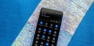 Save your eyes and some battery on your Samsung Galaxy phone with dark mode