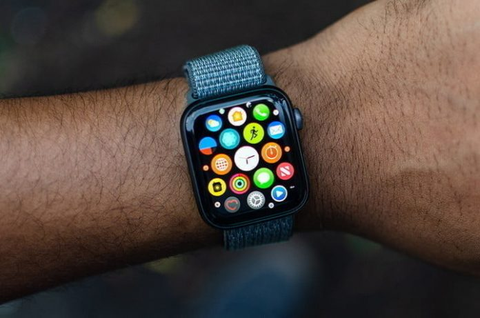 Don't miss these (rare) discounts on the Apple Watch Series 5 and Series 4