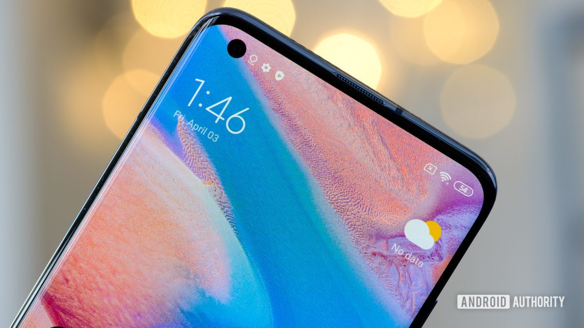 Xiaomi Mi 10 Pro punch hole macro