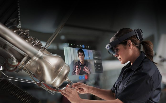 Former Apple Engineering Leader Joins Microsoft to Work on HoloLens and Other Hardware