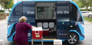 Mayo Clinic is using autonomous shuttle buses to transport COVID-19 tests