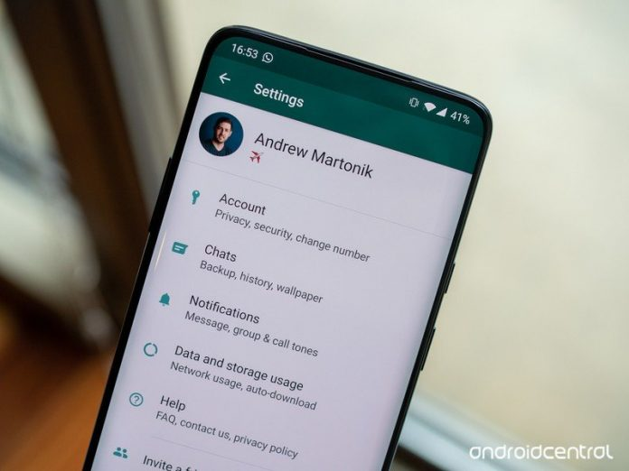 WhatsApp will soon let you host larger group calls