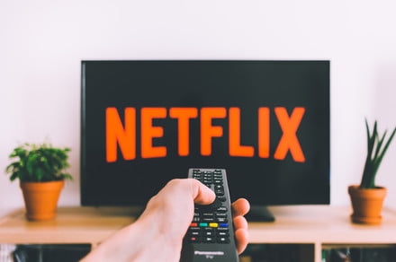 How to change the language in Netflix