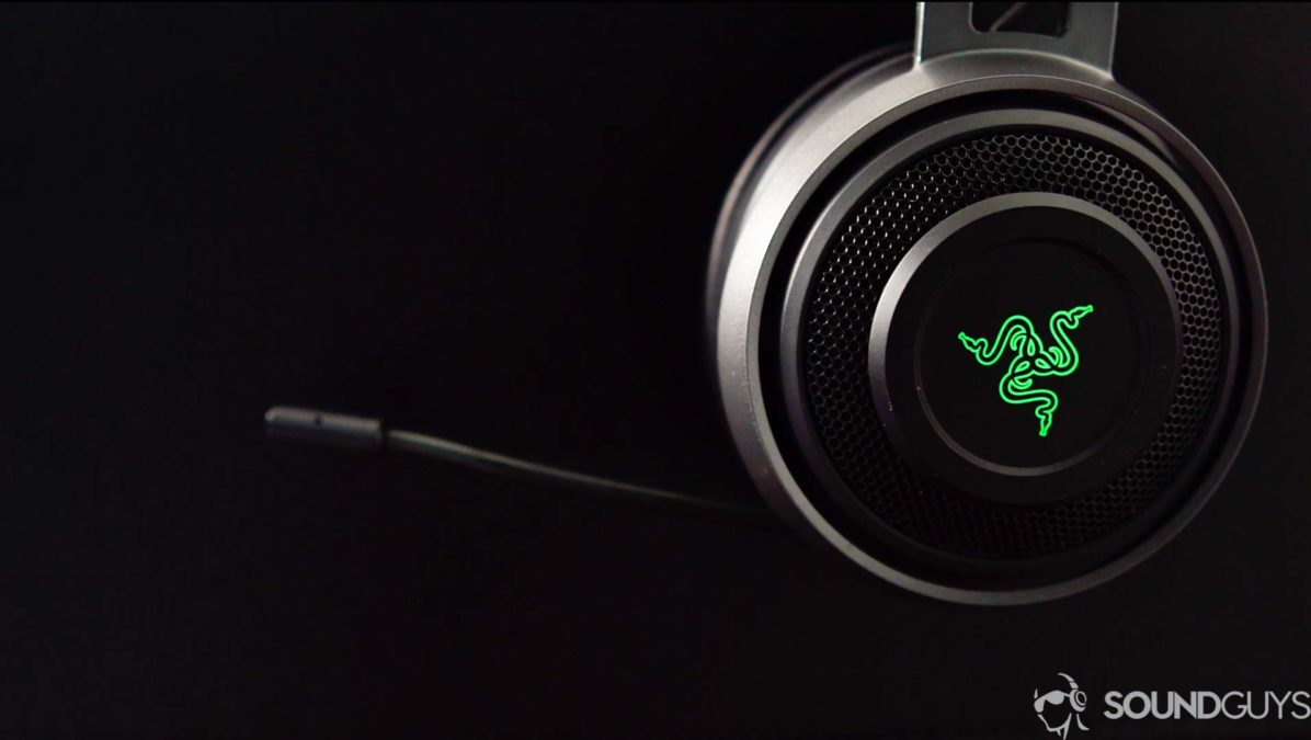 A picture of the Razer Nari Ultimate gaming headset retractable microphone in profile view.