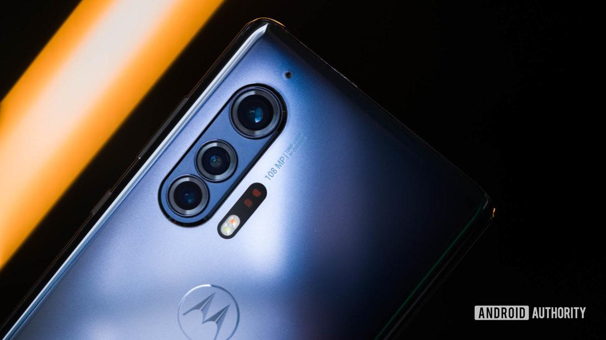 Motorola Edge camera macro 1