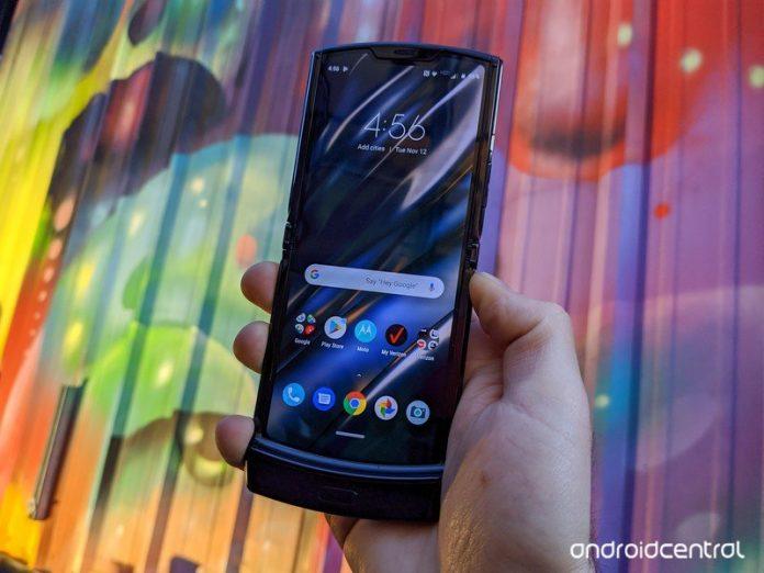 Motorola RAZR 2 leak reveals a Snapdragon 765 chipset, 2845mAh battery