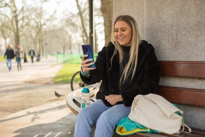 UK carrier EE reveals fascinating insight into lockdown usage trends