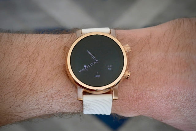 Moto 360 ambient display