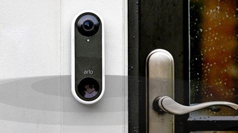 arlo-video-doorbell-lifestyle.jpg?itok=v