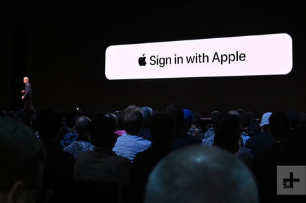 Apple awards hacker $100,000 for discovering a Sign In With Apple vulnerability