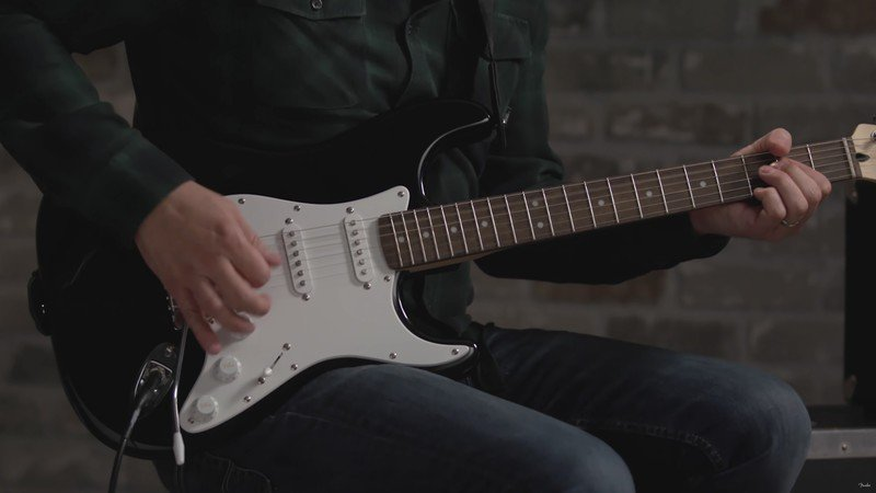 squier-affinity-stratocaster.jpg