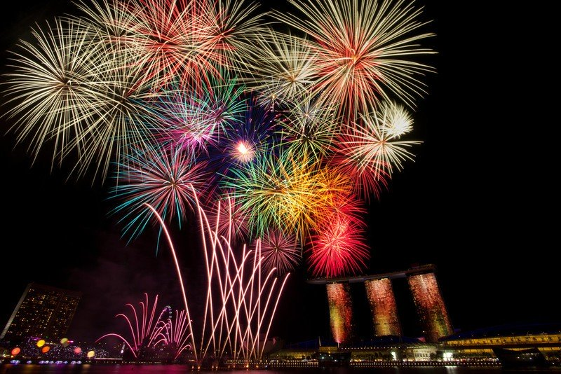 fireworks_by_nuic-d4gmrfr.jpg