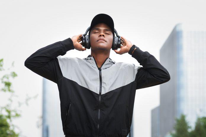Mobvoi announces TicKasa ANC Headphones with 30-hour battery life