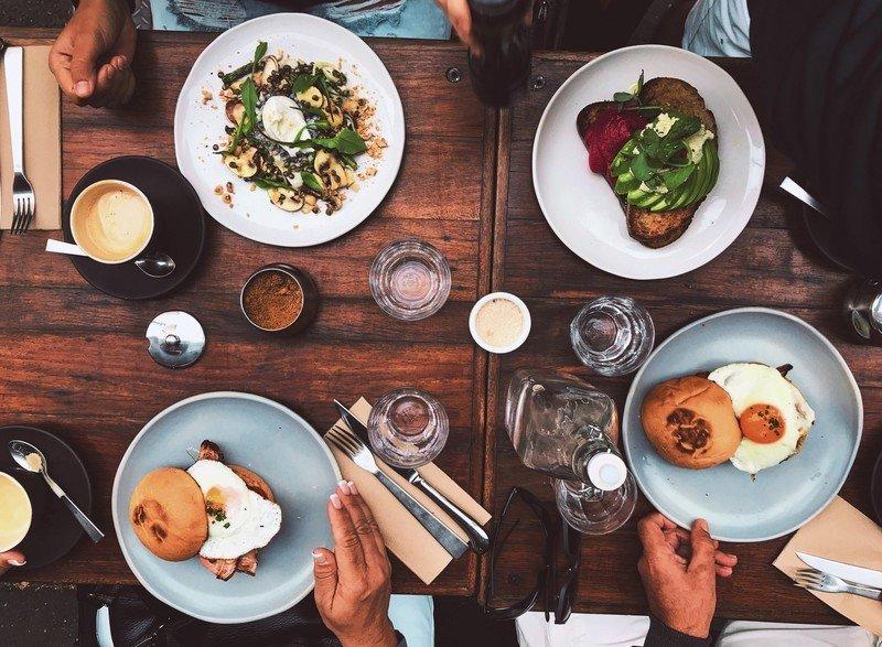 dining-restaurant-food-brunch-19duj.jpg