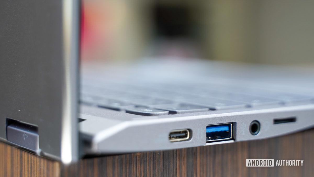 Acer Chromebook Spin 713 hinge