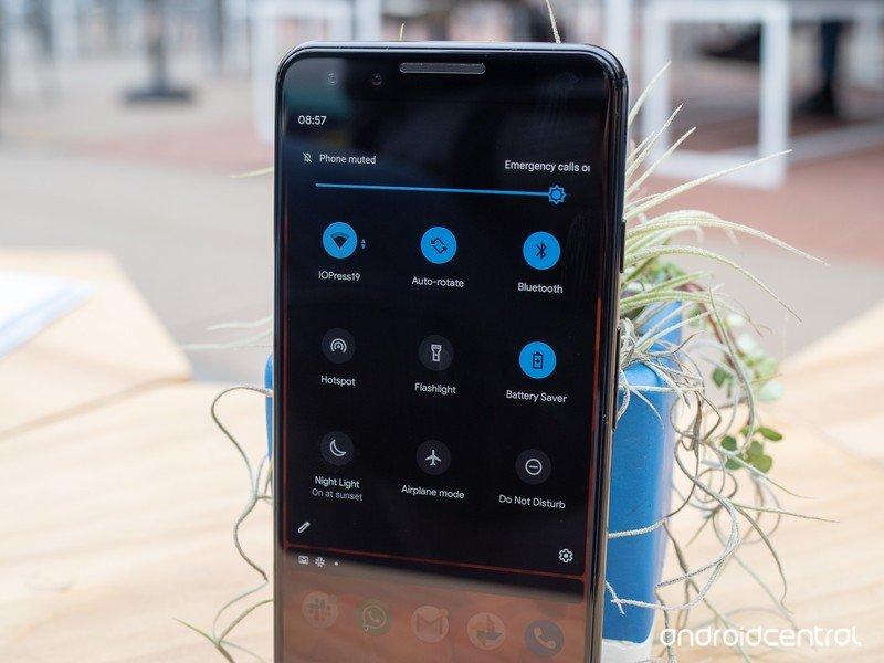android-q-dark-theme-battery-saver-notif