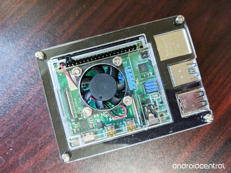 raspberry-pi-4-3.jpg?itok=29Jme8o9