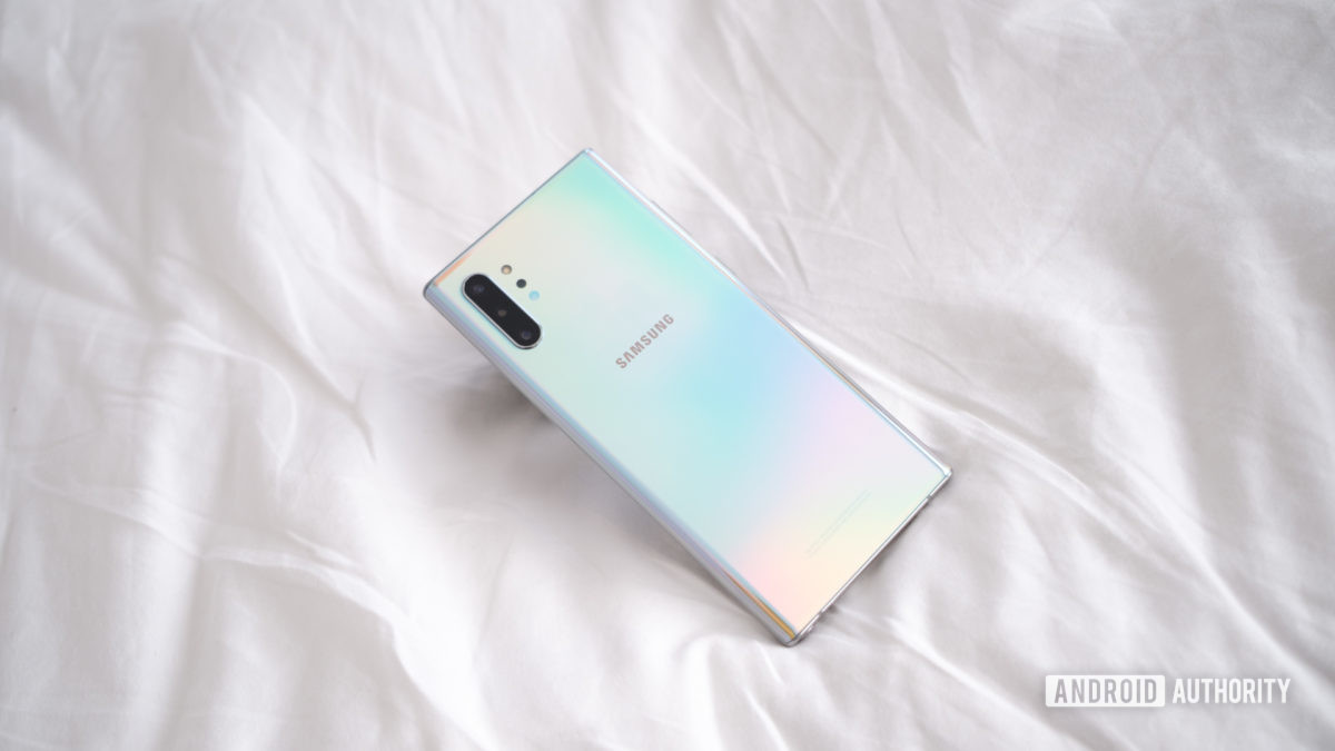 Samsung Galaxy Note 10 Plus back on bed face down