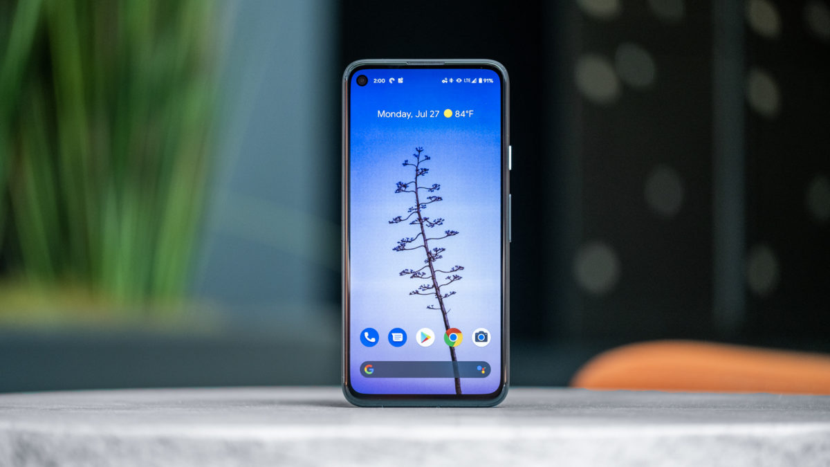 Google Pixel 4a display standing stright 2