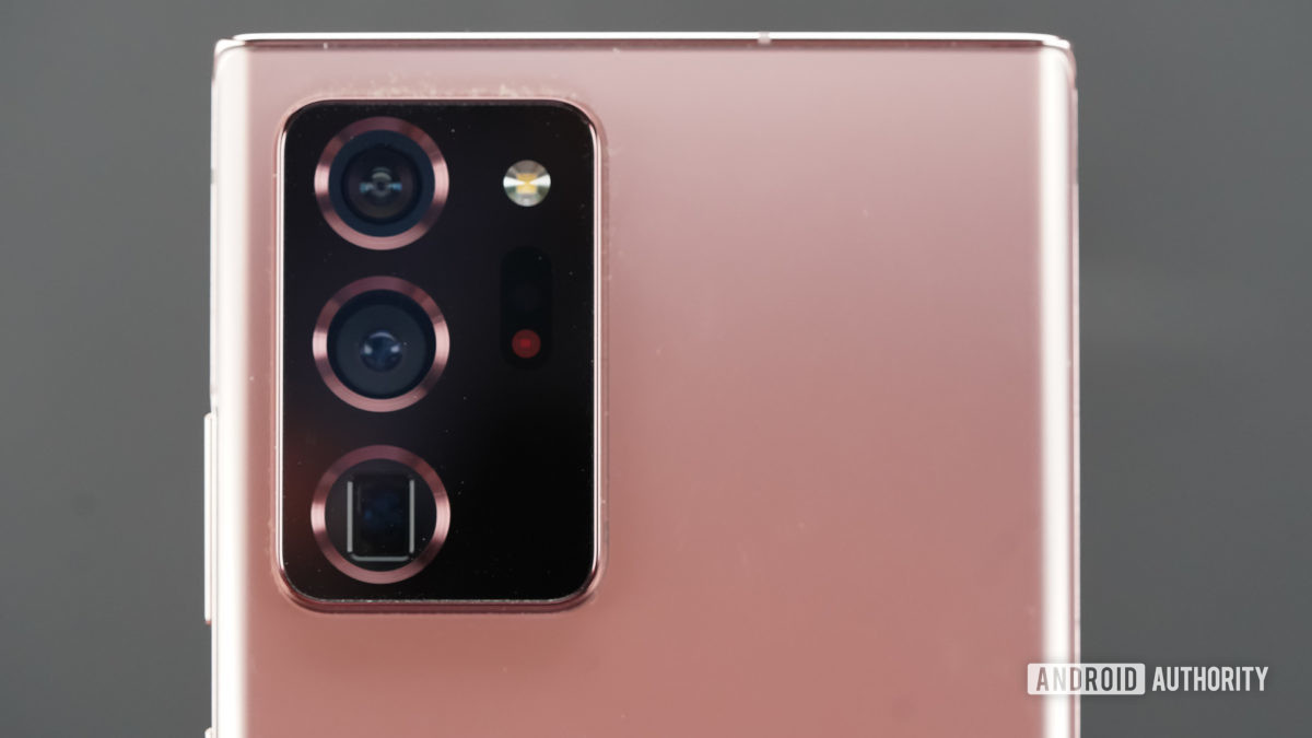 Samsung Galaxy Note 20 Ultra camera closeup straight on