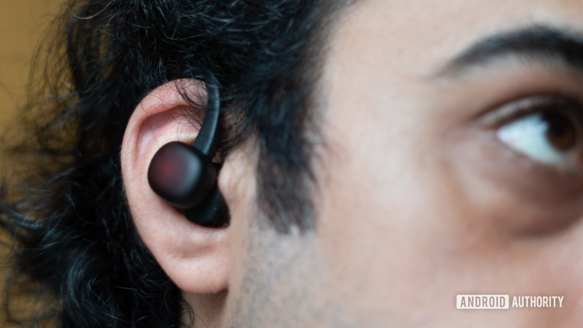 Amazfit Powerbuds Review in ear with ear hook