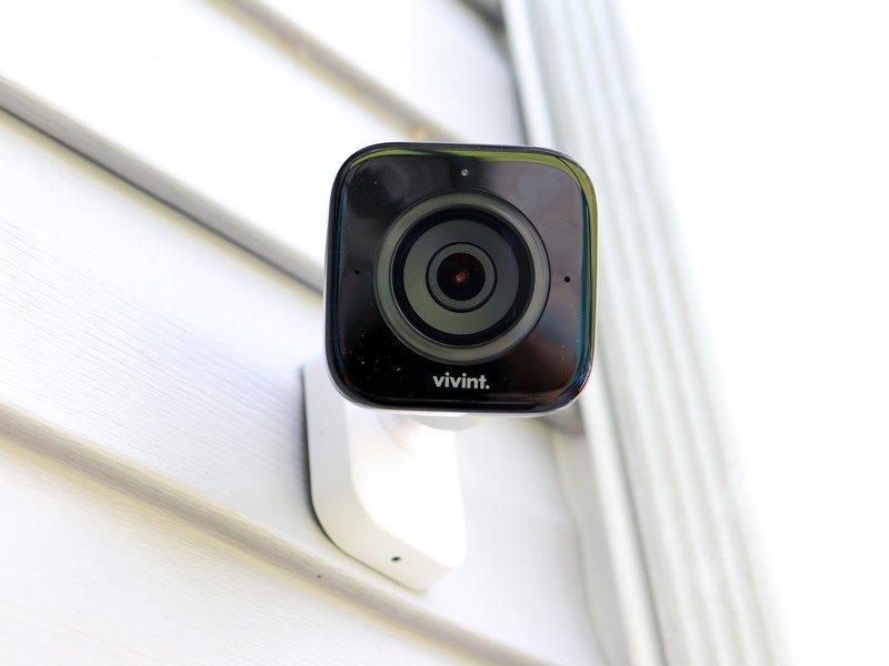 vivint-outdoor-camera-review-hero.jpg