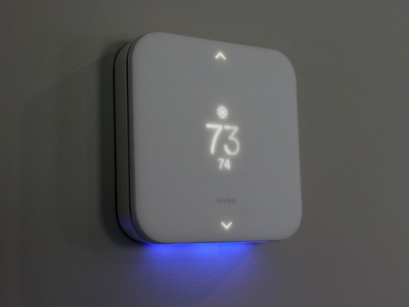 vivint-thermostat.jpg