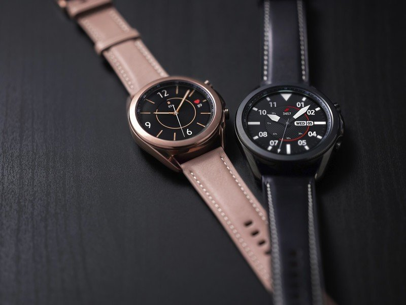 galaxy-watch-3-styles-lifestyle.jpg