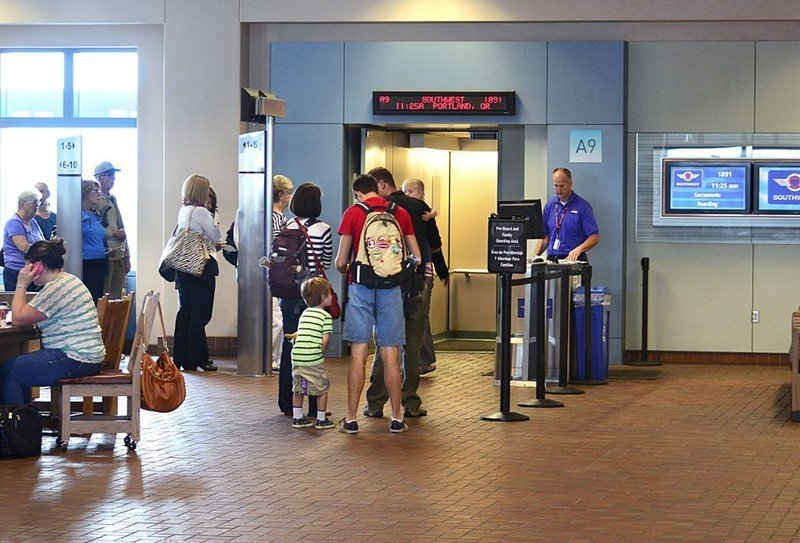 southwest-family-boarding-gate-5pld.jpg