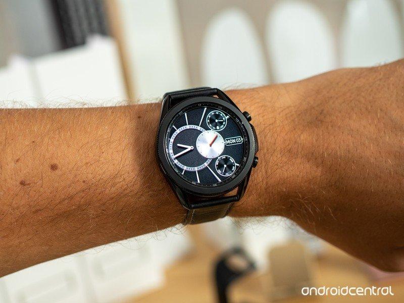 galaxy-watch-3-45mm-black-4.jpg