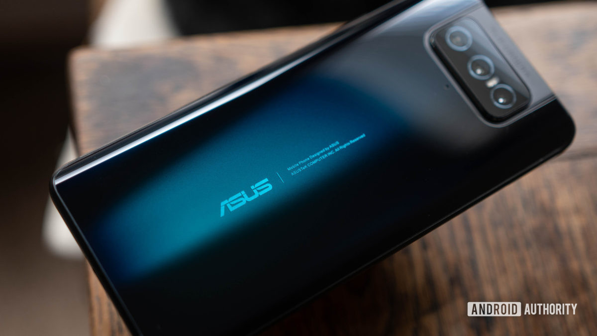 Asus Zenfone 7 laying on a table at an angle