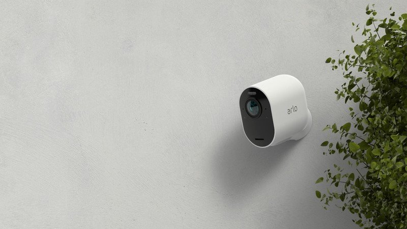 arlo-pro-3-official-lifestyle.jpg