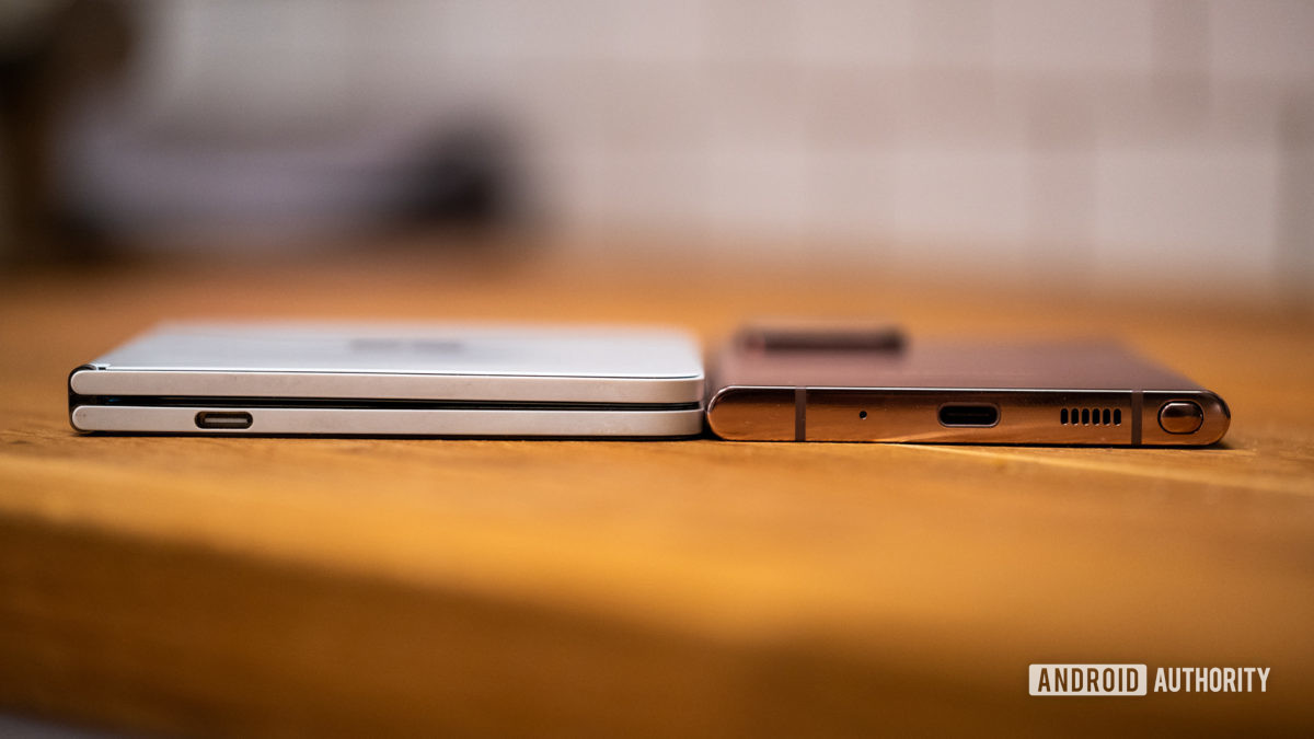 Microsoft Surface Duo thickness dual screens compared to Samsung Galaxy Note 20 Ultra