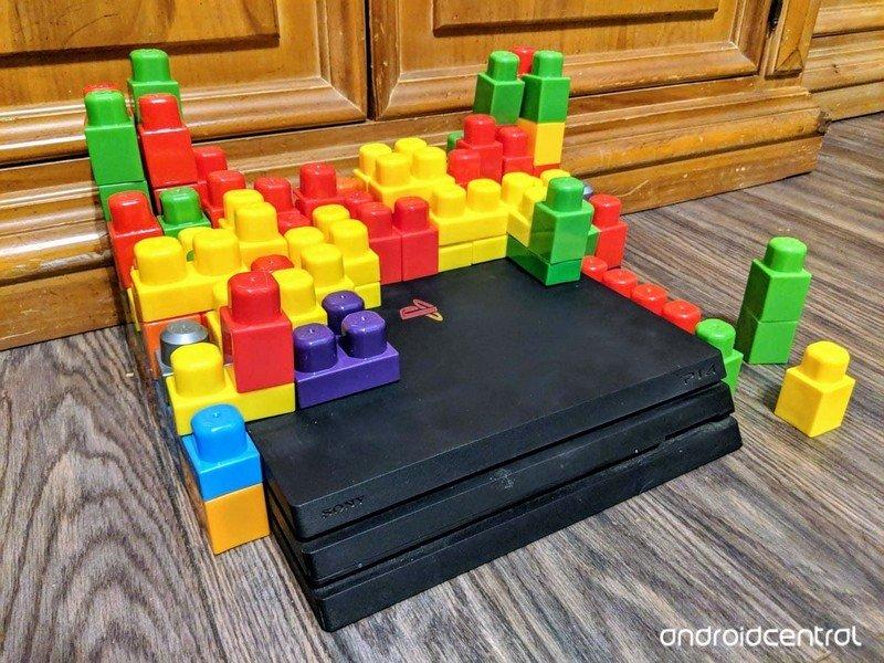 playstation-4-mega-blocks-hero-9.jpg