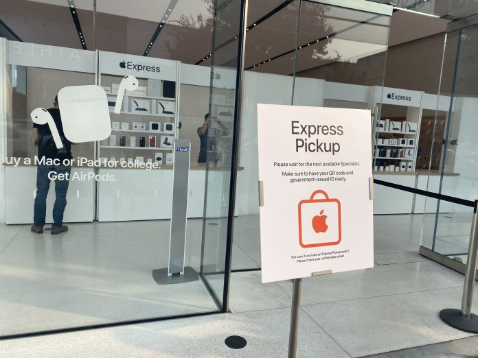 Apple Trials Express Retail Store Format for Genius Bar Appointments and Online Order Pickups