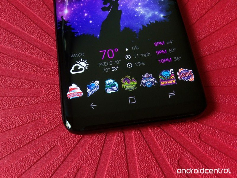 customi-icons-march-magic-s8.jpg