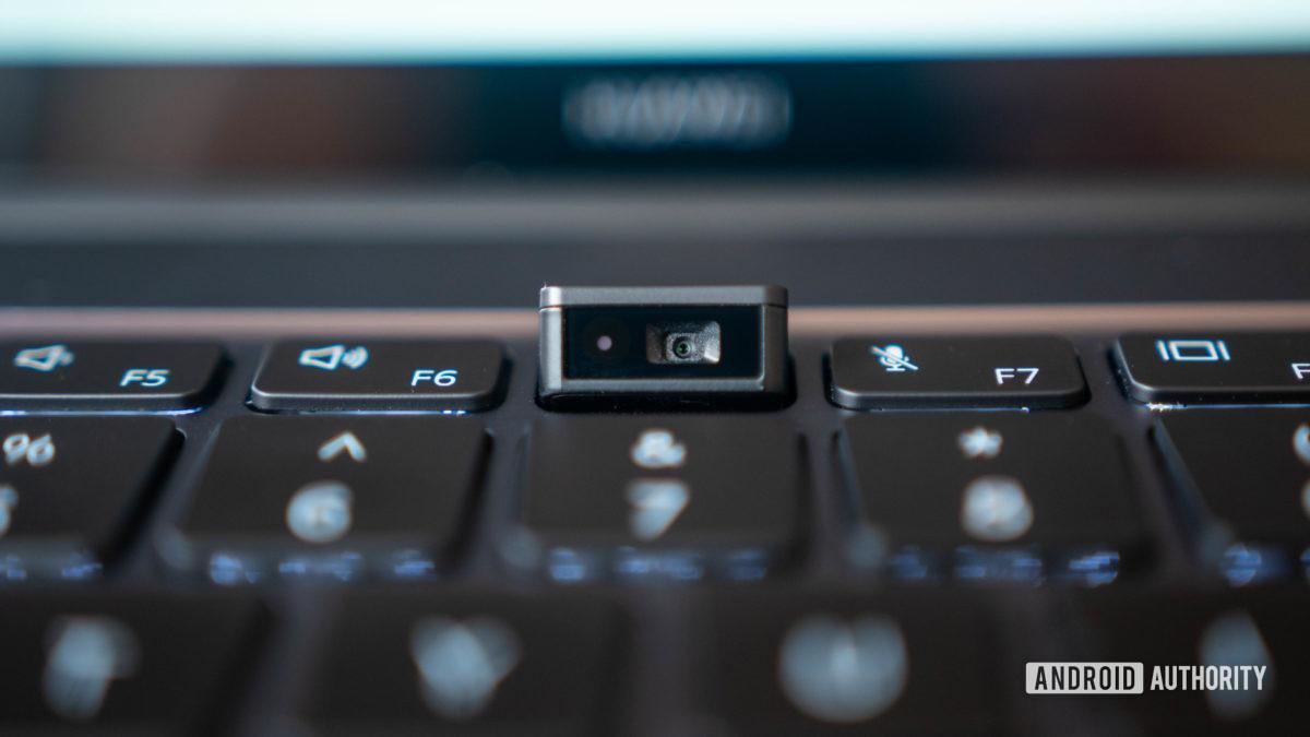 Huawei Matebook 14 2020 AMD in keyboard webcam