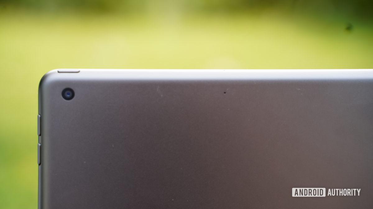 Apple iPad 2020 camera