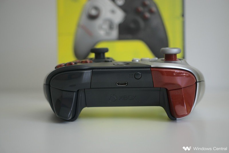 xbox-one-controller-cyberpunk-hero-back.