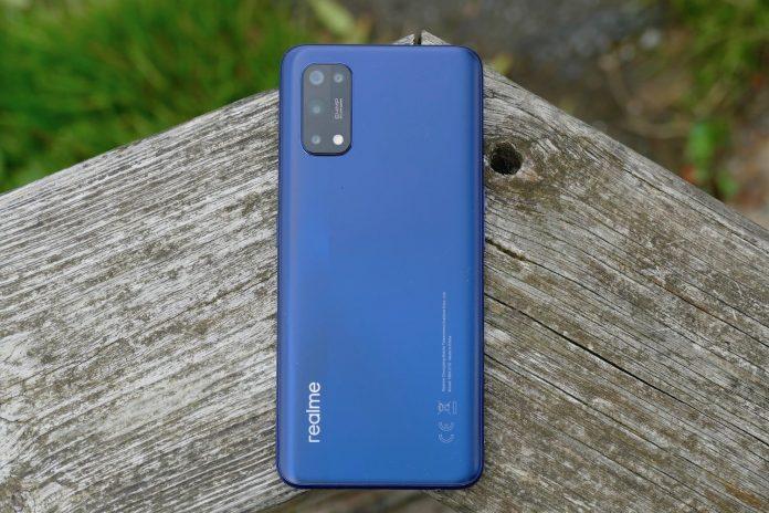 Realme 7 Pro hands-on: A super-fast charging bargain