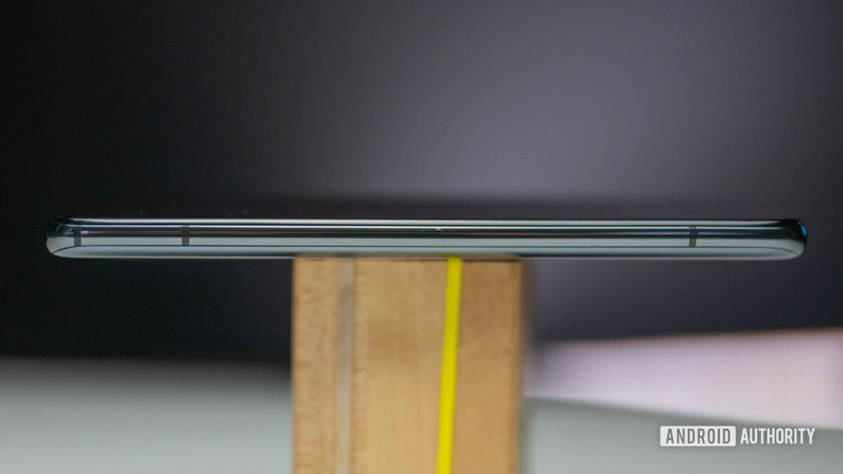Xiaomi Mi 10T Pro left side